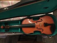 Violin in excellent condition. Good tone