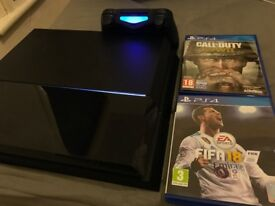 Playstation 4 500Gb with Call of Duty WW2 and Fifa 18