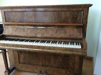 Haake Piano needs small repair