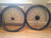 "700C/35C (28"") BIKE WHEELS SET (Double walled) + BRAND NEW PUNCTURE-RESISTANT TIRES"