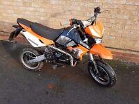 London pit bike 125cc learner legal super moto road legal