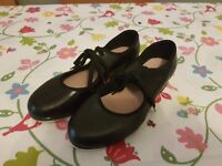 Children/Kids tap shoes size12, 10, 7, boys - 10.5