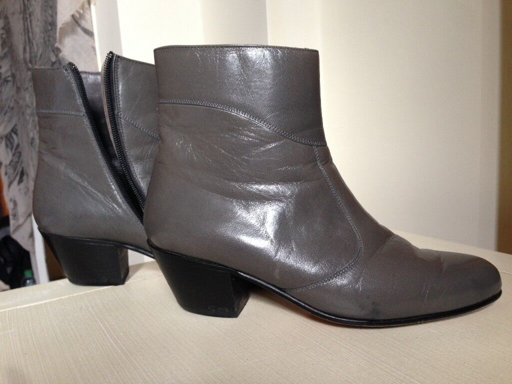 Vintage grey Italian leather shoes / boots