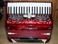 International, Centromatic, Americana, 2 Voice (LM), Octave Tuned, 120 Bass, Piano Accordion.