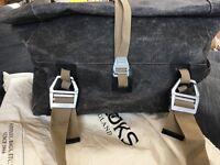 Brooke's Hampstead leather holdall/cabin bag