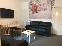 Large double bedrooms in house share available NOW!!!