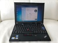 Laptop Lenovo Thinkpad X200, Ram 4GB, Hdd 160GB, Win 7 , Office 2007 + Free usb mouse included.