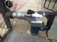 MAKITA SDS DRILL WITH CHISEL ACTION 240V