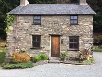 Traditional Welsh stone Cottage-spectacular location -Lake-views-nr. Betws y Coed, Snowdonia-N-Wales