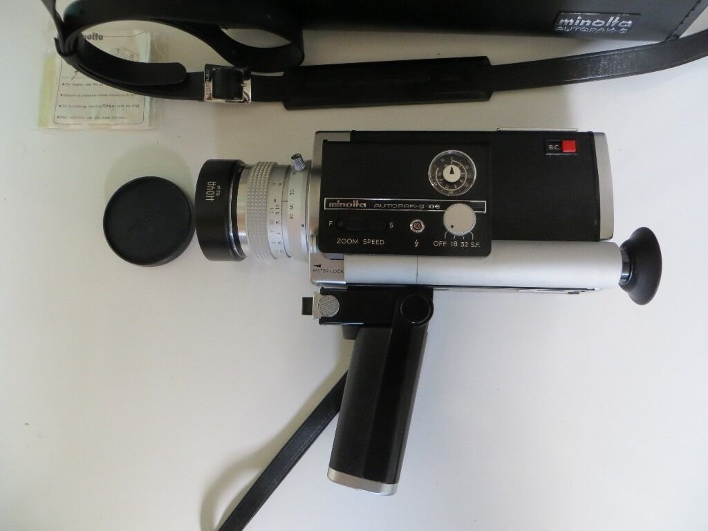 A NICE MINOLTA AUTOPAK-8 D6 SUPER 8 CAMCORDER IN CASE ,GREAT WORKING ORDER , VGC