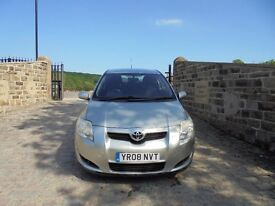 Toyota Auris TR D-4D Diesel in Silver, 2008 08 reg, Service History, 10 Service Stamps, MOT May 2018