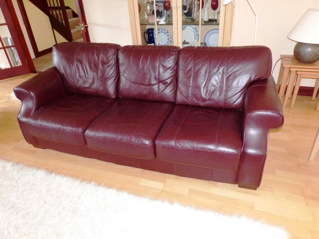 Large Leather Sofa In Good Condition In Plymouth Devon