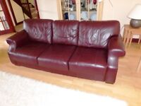 Large leather sofa in good condition