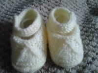 Hand knitted baby girls shoes x 1 pair