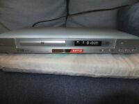 AIWA XD-AX10 - scart - CD DVD Player MP3 DVD-RW/-R/+RW/+R Playback
