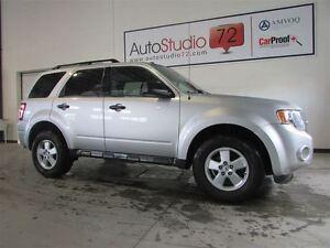 2011 Ford Escape XLT Automatic 3.0L **CUIR**FINANCEMENT 100%**