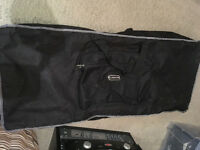 Yamaha E403 Keyboard with music stand and case - Immaculate condition - USB & Midi