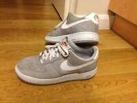 Used Nike Air Force SIZE 8