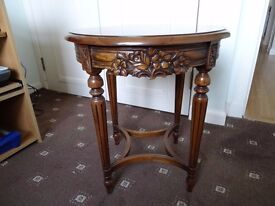 Mahogany reproduction side table with glass top
