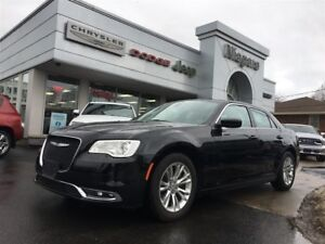 2017 Chrysler 300 TOURING,LEATHER,HTD SEATS,REMOTE START