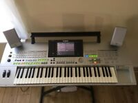 Yamaha Tyros 1 with speakers, stand and cover