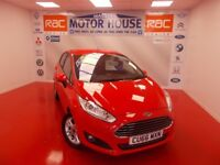 Ford Fiesta ZETEC (FREE MOT'S AS LONG AS YOU OWN THE CAR!!!) (red) 2016