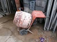 Petrol cement mixer honda
