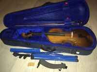 Stentor 4/4 violin with stand and shoulder rest