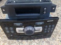 VAUXHALL CORSA D PIANO BLACK CD30 MP3 CAR STEREO RADIO / CD PLAYER & DISPLAY