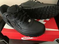 Air max 90 leather black size 8