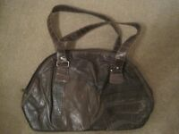 Medium brown (2 tone brown) handbag as seen in picture