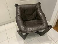 Luna chair.
