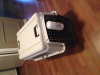 Large dog crate for sale (great condition)