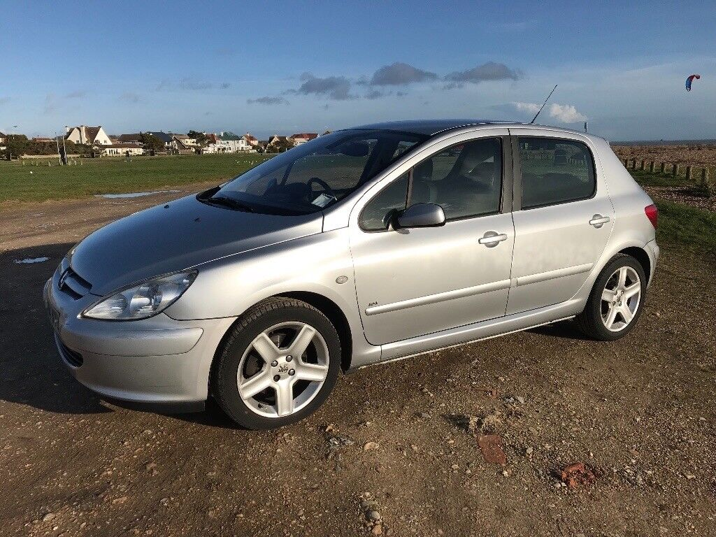 Silver Peugeot 307 Diesel For Sale Full Service History And A