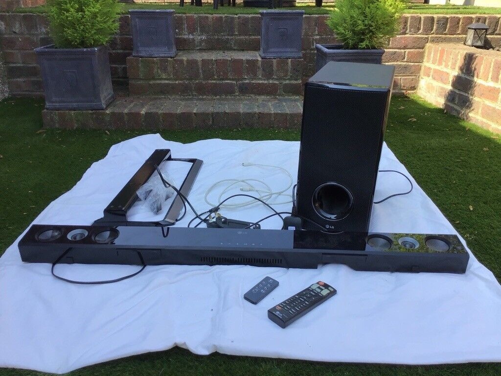LG soundbar speaker remote and wall fixing | in Meopham, Kent | Gumtree