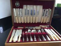 Priestley & Moore 96 pieces cutlery set
