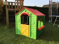 BOYS GIRLS CHILDRENS KIDS CHILDS GARDEN FUN PLASTIC PLAYHOUSE FREE DELIVERY AVAILABLE £35