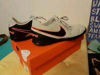 Nike Tiempo football astroturf trainers