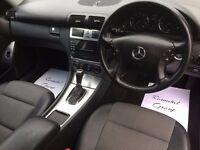 IMMACULATE Top of the Range Mercedes C Class 180 Kompressor est AVANTGARDE SE Auto Black FSH, mot'd