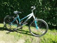 Schwinn womens ladys bike ready to ride great condition