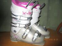 GIRLS SKI BOOTS LANGE STARLETTE 60