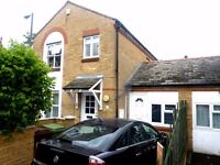 HUGE 4/5 BED HOUSE WITH LIVING ROOM + STUDY PERFECT FOR STUDENTS £820PW!