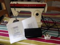 Singer ZIG-ZAG sewing machine G105 - Immaculate Condition