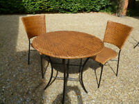 Round cane/metal garden/conservatory table and 2 chairs vgc