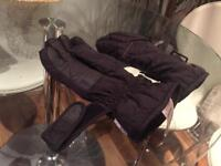 Winter ski gloves