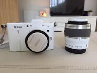 Nikon 1 V1 Camera & Nikon 1 30-110mm Lens