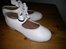 Tap shoes,size 11M