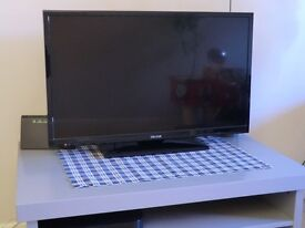 """TV CELCUS DLED32167 HD Flat screen 32"""" - new condition"""