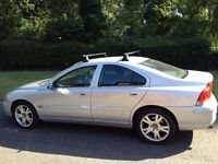 VOLVO S60 2.0- 2005 MOT METALIC SILVER BLACK LEATHER- ALLOY WHEELS-AIR CON-CD PLAYER