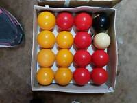 Boxes set of billiard / pool balls